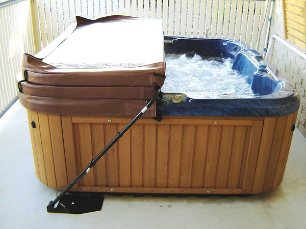 Hot Tub Cover: What To Clean Hot Tub Cover With
